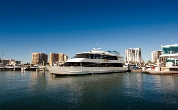 marina-jack-cruise-boat